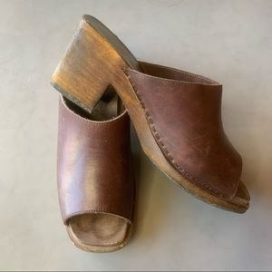 Vintage Wooden Leather Square Toe Clogs 9 10